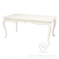 biały drewniany stół black bear house4