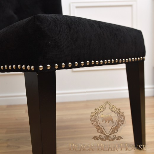 czarne krzesło tapicerowane black bear house