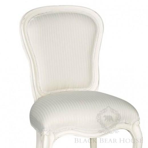 francuskie białe krzesło black bear house2