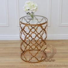 złoty stolik w stylu marokańskim