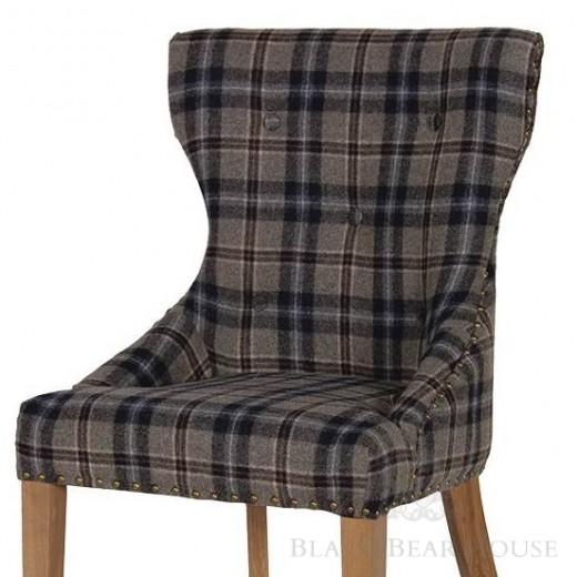 krzesło w kratę