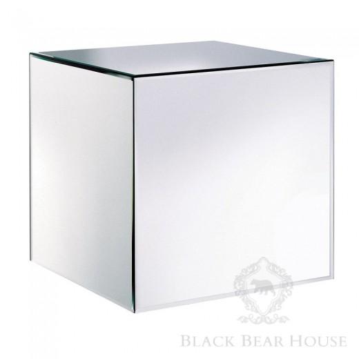 lustrzany stolik w stylu modern classic