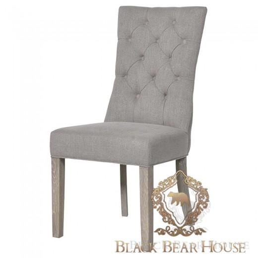 pikowane krzesło w stylu coastal