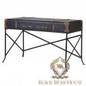 biurko ze skóry w stylu vintage