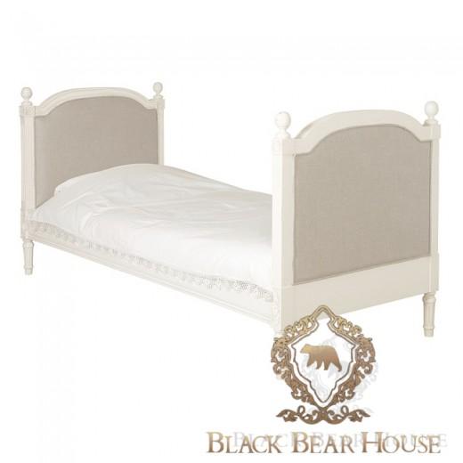 francuskie białe tapicerowane łóżko black bear house