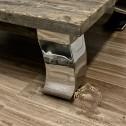 Stolik na aluminiowych nogach black bear houseI