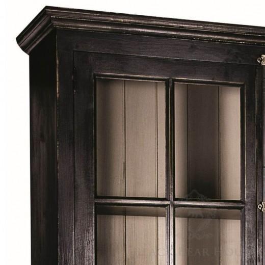 drewniana witryna black bear house