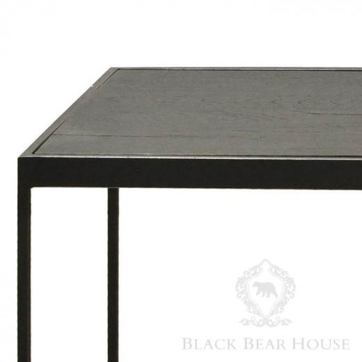 drewniany stolik kawowy na aluminiowym stelażu