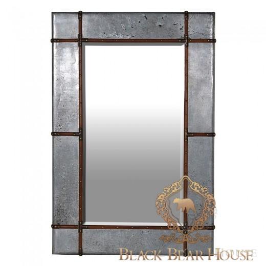 lustro w metalowej ramie