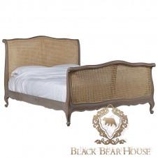 francuskie rattanowe łóżko