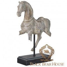 Dekoracja koń w stylu nowojorskim black bear house