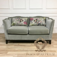 sofa designers guild w kwiaty black bear house