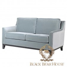 niebieska sofa w stylu hamptons i modern classic black bear house.019